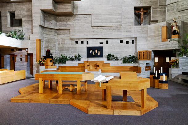 L'autel de l'église d'Hérémence, Valais, Suisse
